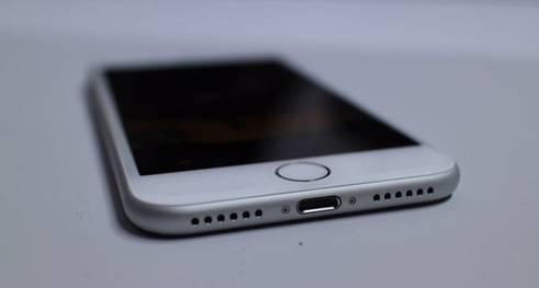 苹果6充电口接触不良怎么回事?该怎么解决?-品牌手机维修网
