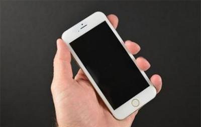 iPhone无法开机的可能原因有哪些?该怎么解决?