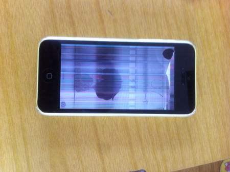 苹果手机花屏什么原因?该怎么解决?-品牌手机维修网
