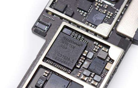 苹果7主板坏了维修需要多少钱?维修主板为什么贵?